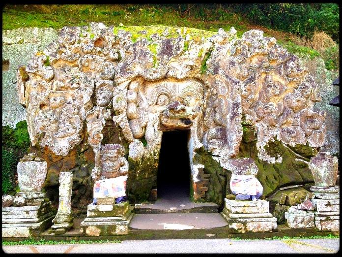 Ubud-Elephant-Cave-Entrance